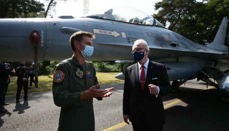 Foto: Valsts prezidents Egils Levits apmeklē Beļģijas 'Kleine Brogel' gaisa bāzi