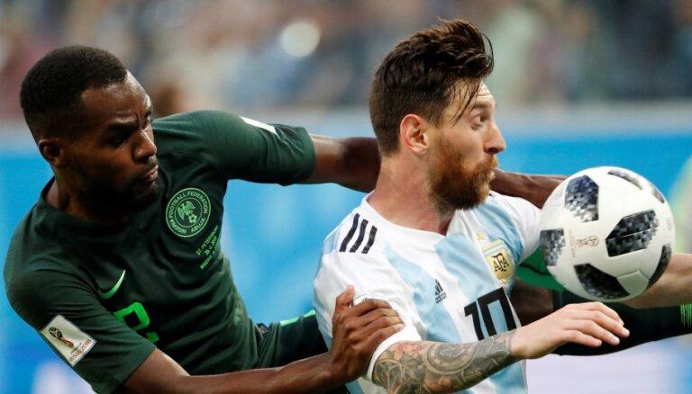 Аргентина вырвала из рук нигерийцев путевку в плей-офф чемпионата мира