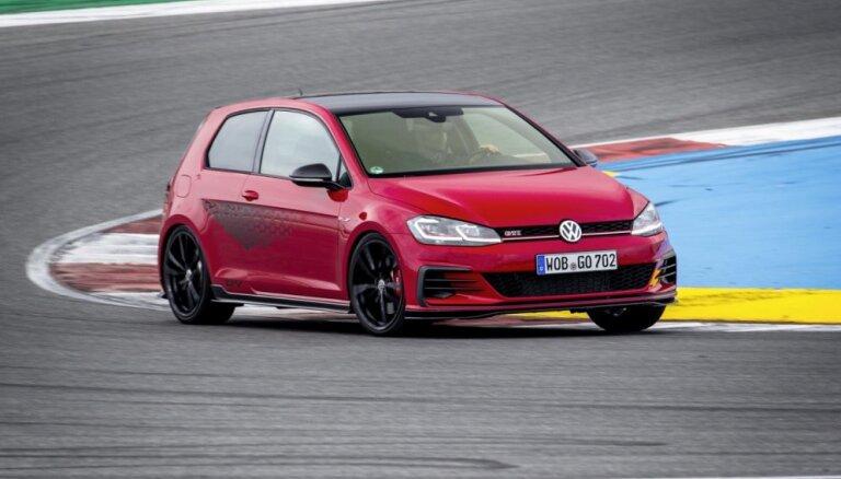 Tirdzniecībā Latvijā nonācis visjaudīgākā 'VW Golf GTI' versija 'TCR'