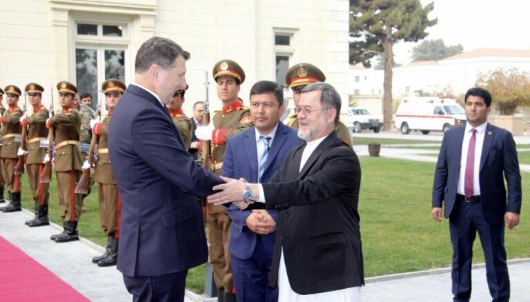 Vējonis negaidīti ieradies vizītē Afganistānā