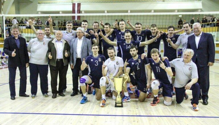 RTU/'Robežsardze' volejbolisti otro gadu pēc kārtas kļūst par Latvijas čempioniem