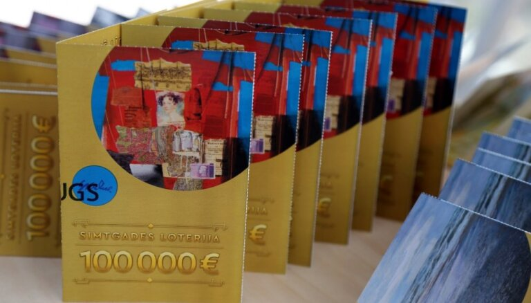 'Simtgades loterijas' laimestos izdalīs 3,2 miljonus eiro; 400 tūkstošus piešķirs absolventiem