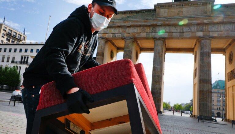 Хроника пандемии: в Берлине ужесточают масочный режим