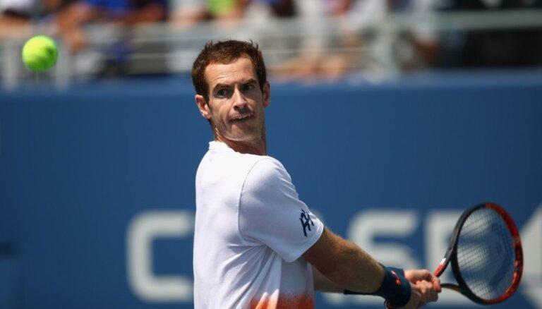 Marejs vienspēļu tenisā atgriežas ar zaudējumu