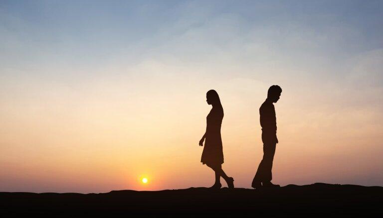 Piecas lietas, kas samazina vīrieša emocionālo tuvību ar partneri