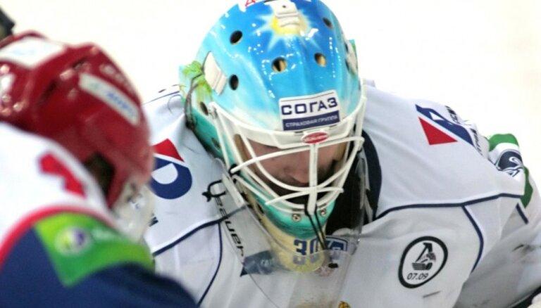 Sezonas pirmajā spēlē traumas gūst uzreiz četri 'Amur' hokejisti