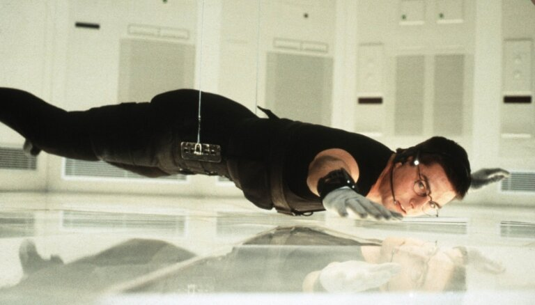 """Том Круз рассказал, как сделал знаменитый трюк в """"Миссия невыполнима"""""""