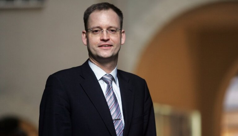 Сейм утвердил отставку председателя КРФК