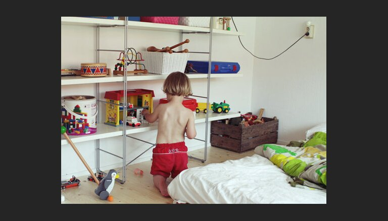 Pētījums: Latvijā bērnistabu gaiss satur pārāk daudz formaldehīda