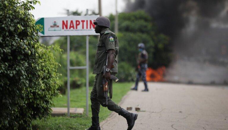 Kaujinieku uzbrukumā Nigērijas ziemeļos nogalināti vismaz 59 cilvēki
