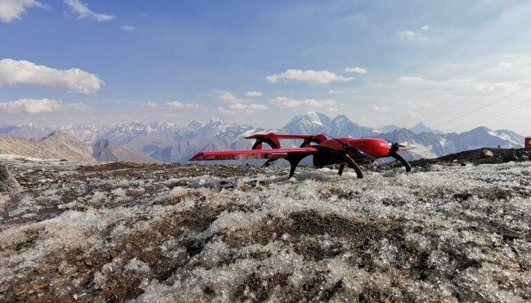 Sanktpēterburgas dronu jaunuzņēmums pārceļ ražošanu uz Rīgu starptautisko tirgu iekarošanai