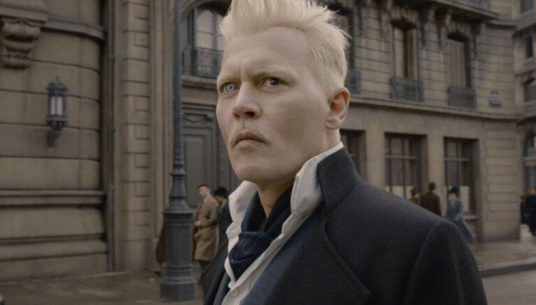 Džonijs Deps spiests pamest 'Fantastic Beast' filmu franšīzi