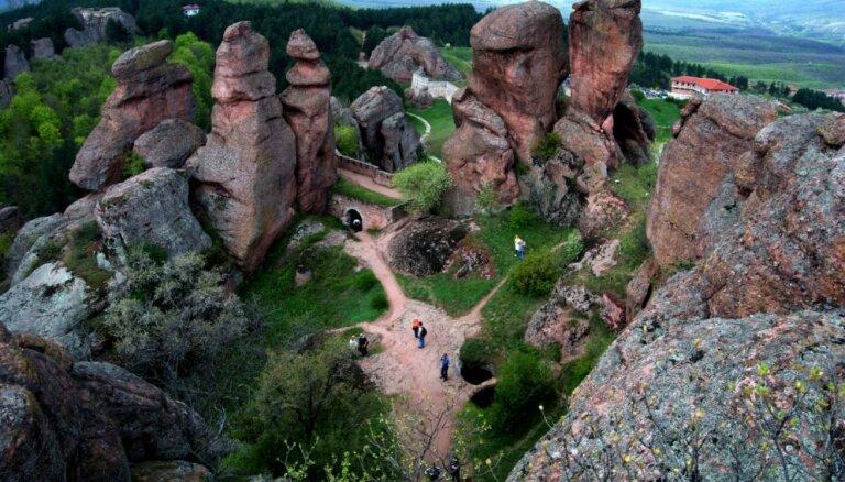 Divtūkstoš gadu senais Belogradčikas cietoksnis klinšu ielokā – bulgāru drosmes simbols