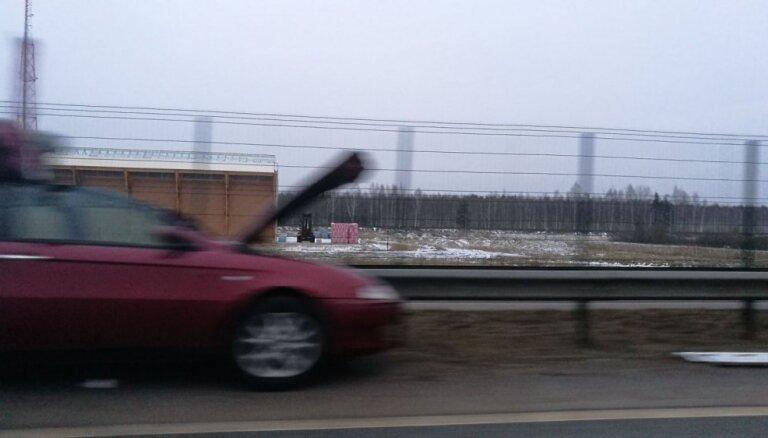 Pēc avārijas uz ceļa Talsi-Sloka satiksme atjaunota