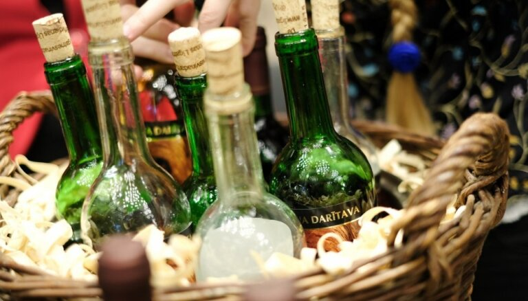 Latvijā ir maz vīna pazinēju, secināts pētījumā