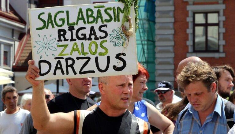 Rīgas dome nolemj pārdot Lucavsalas nesakopto daļu