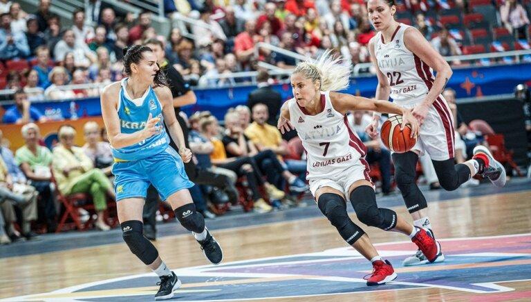 Dikeulakas meistarklase Latvijas izlasei sagādā svarīgu uzvaru sieviešu 'Eurobasket' turnīrā