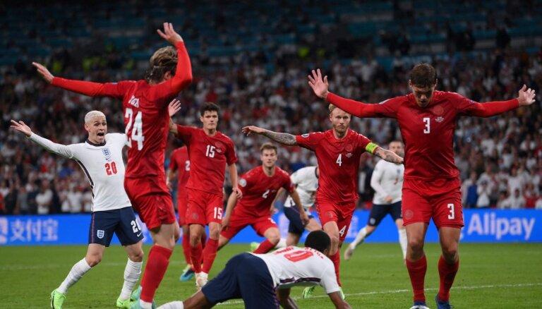 Главный скандал ЕВРО: два мяча на поле и тянуло ли падение Стерлинга на пенальти?