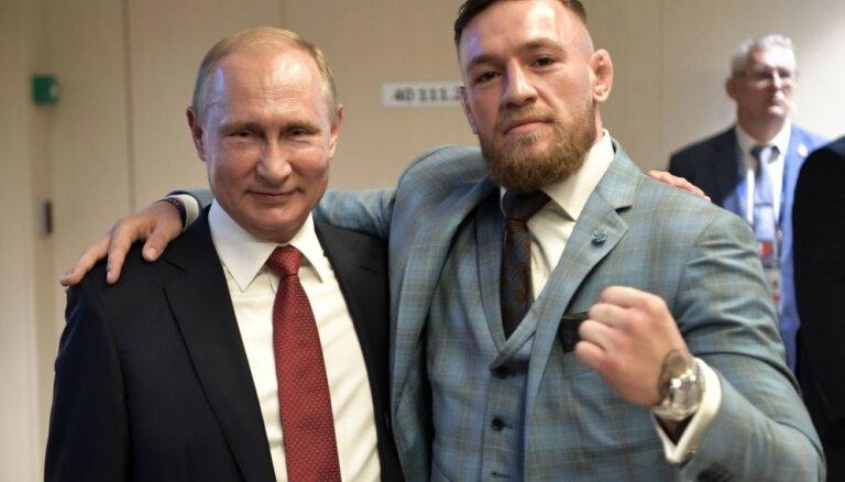 Песков рассказал, за кого болел Путин в поединке Хабиба с Макгрегором