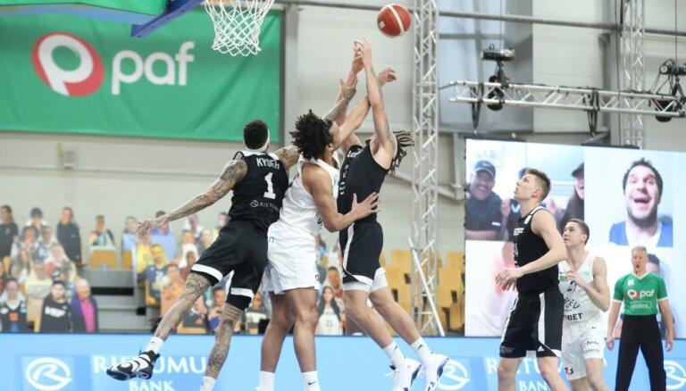 Aktuālais basketbolā: Latvijas klubiem skarbais, bet baudāmais LIBL finālturnīrs