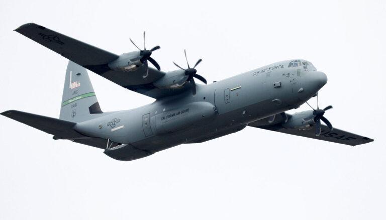 Filipīnās militārās lidmašīnas 'C-130' avārijā gājuši bojā 45 cilvēki