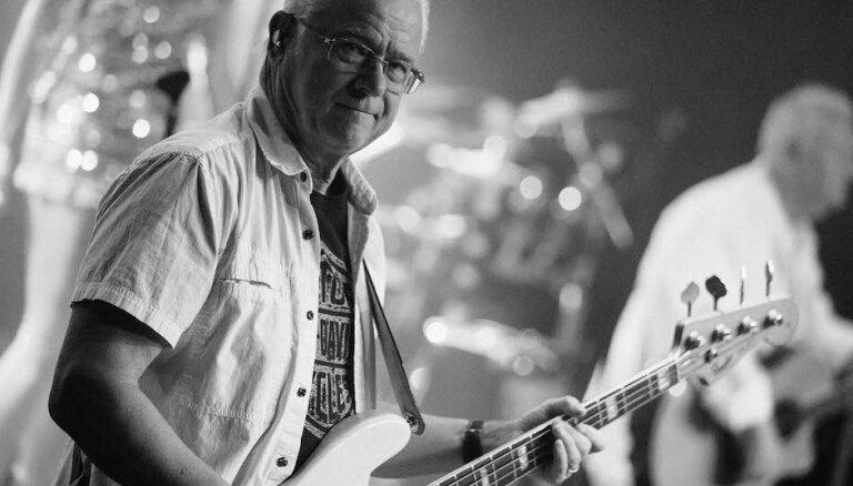 Rīgā uzstāsies grupas 'ABBA' atdarinātāji un basģitārists Maiks Vatsons