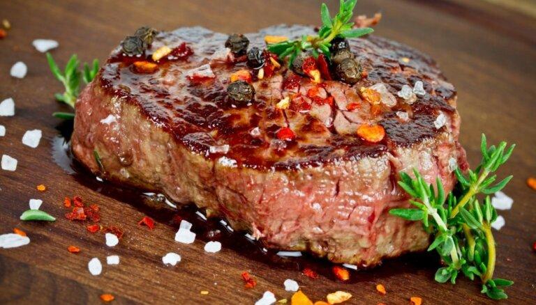 Termiskais šoks – bieži pieļauta kļūda, kādēļ gaļa pēc cepšanas zaudē sulīgumu