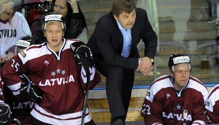 Pečura lauzis roku; Latvijas izlasei PČ nevarēs palīdzēt vēl viens centra uzbrucējs