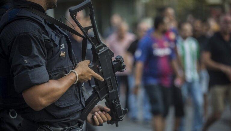 ВИДЕО. Группировка из Украины и Латвии перевозила оружие на Ближний Восток