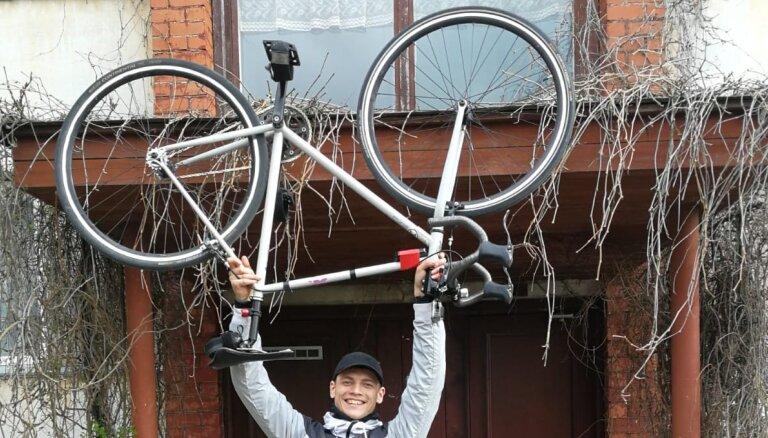 'Visas robežas ir galvā' – Matīsa stāsts par 205 kilometriem ar velosipēdu