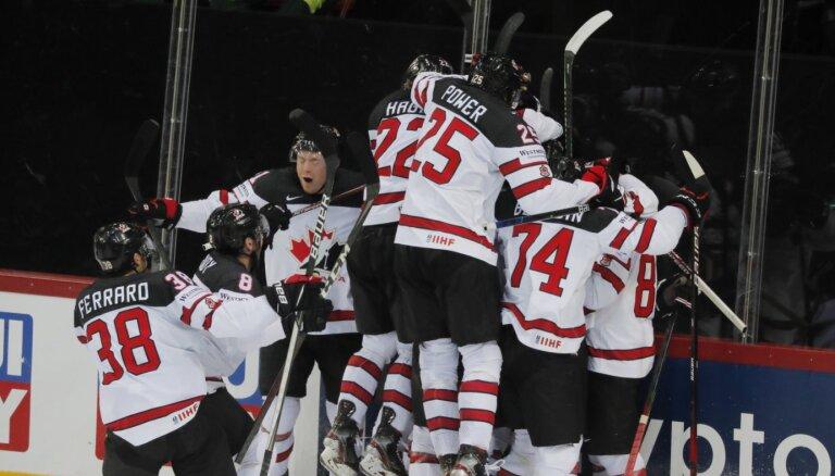 Kanādas jaunie hokejisti pēc Stečera meistarstiķa papildlaikā pārsteidz KOK vienību