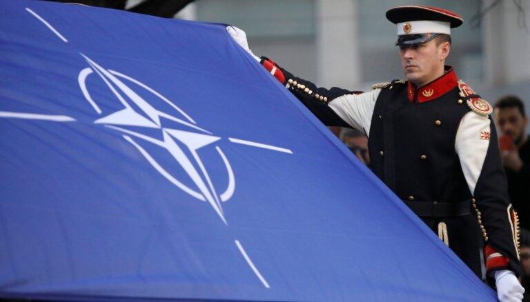 NATO ārlietu ministri apņemas turpināt nodrošināt pārliecinošu kolektīvo aizsardzību