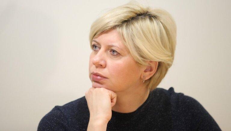 Министр здравоохранения Чакша начала учебу в докторантуре