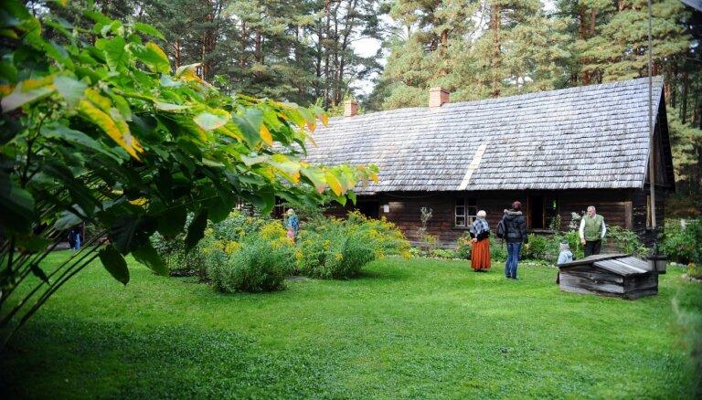Izzināšanas iespējas zem atklātām debesīm: septiņi saistoši brīvdabas muzeji Baltijā