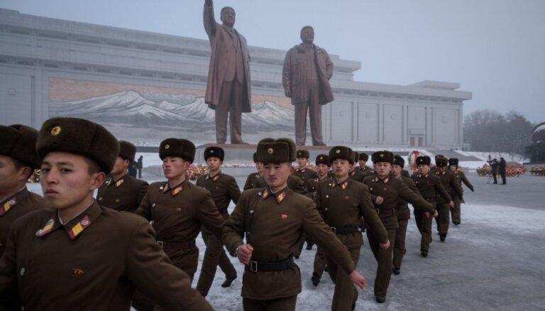Sankciju dēļ ceļš uz denuklearizāciju var tikt 'uz mūžiem' nobloķēts, brīdina Phenjana