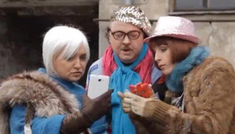 Krauze un Sipeniece izsmej selfiju veidotājus