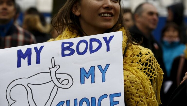 Минюст США подал иск против закона об ограничении абортов в Техасе