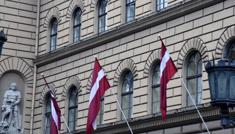 Piketā pie Saeimas pieprasīs ārkārtas vēlēšanas