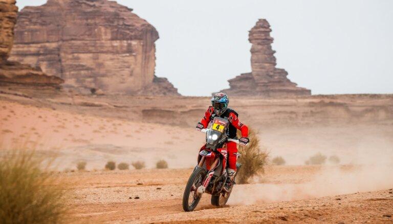 No Dakaras rallijreida izstājas arī līderis motociklu klasē Korneho