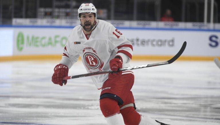Daugaviņš karjeras rezultatīvāko KHL sezonu noslēdz ar realizētu 'bullīti' un uzvaru