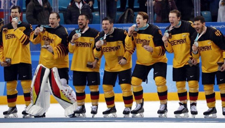 Vācijas hokeja izlase atzīta par 2018. gada labāko komandu