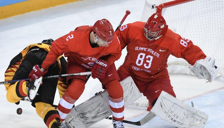 Сборной России в плей-офф чемпионата мира поможет защитник СКА Зуб