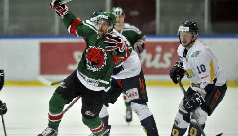 HK 'Liepāja' dramatiskā cīņā panāk izlīdzinājumu Latvijas hokeja virslīgas finālsērijā