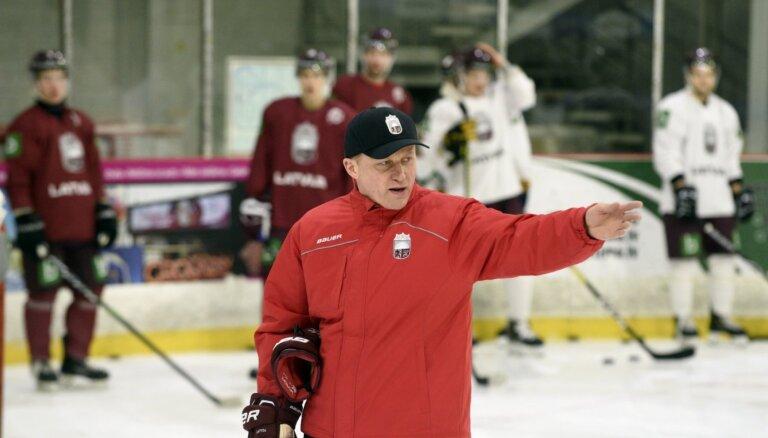 Latvijas hokeja izlases kandidāti sākuši pulcēties kopīgiem treniņiem