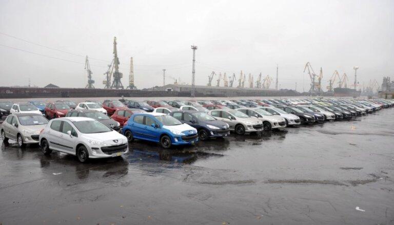 Likumu izmaiņas sadārdzina lietotos auto, norāda asociācija