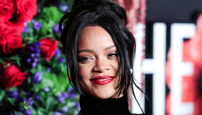 Oficiāli miljardiere – Rianna kļuvusi par visbagātāko dziedātāju pasaulē