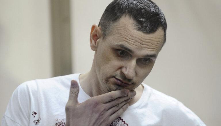 Сейм отложил на неделю вопрос о требовании к России немедленно освободить Сенцова