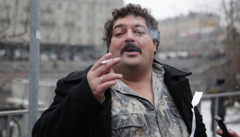 Акунин и Быков согласились поговорить с Путиным
