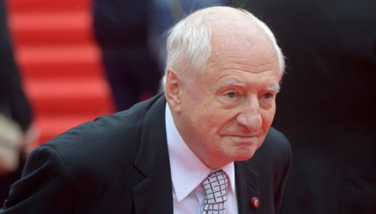 ВИДЕО: Игорь Крутой помог поставить памятник Марку Захарову
