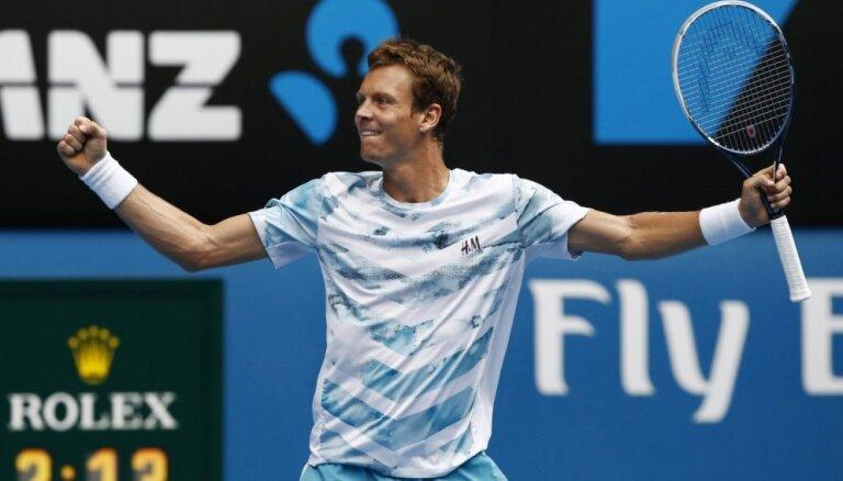 Berdihs pirmoreiz izlaiž divus 'Grand Slam' turnīrus pēc kārtas, Marejs atkal 'ierindā'